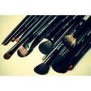 Кисти для макияжа DE KLIE и JOLLY – оптом